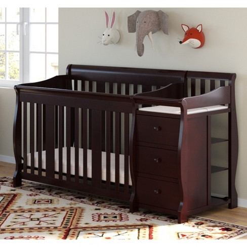 Storkcraft Portofino 4-in-1 Convertible Crib And Changer .