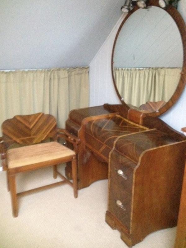 Late 1920's Art Deco Bedroom Vanity in excellent condition. SOLD .
