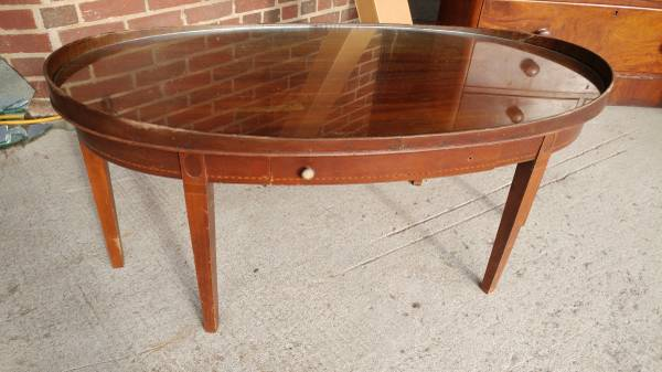 Antique Mahogany Oval Coffee Table w/ Glass Top – Mersman – WOW .