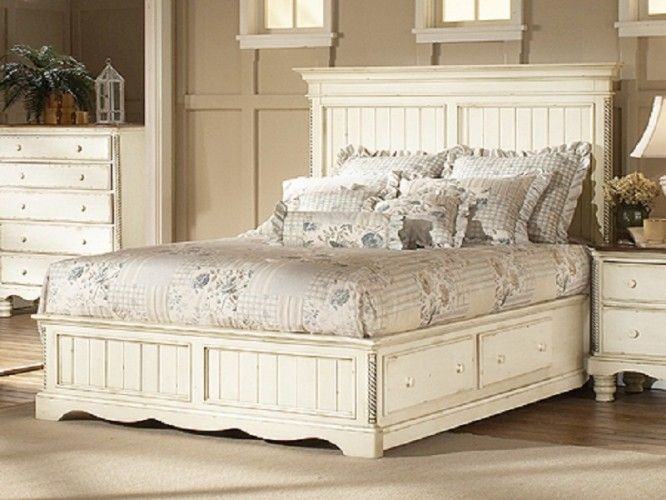 Antique White Bedroom Furniture Sets For more pictures and design .