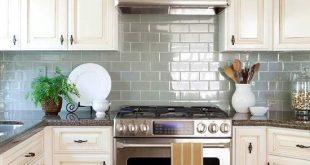 Colorful Kitchen Backsplash Ideas | Cottage kitchens, Kitchen redo .