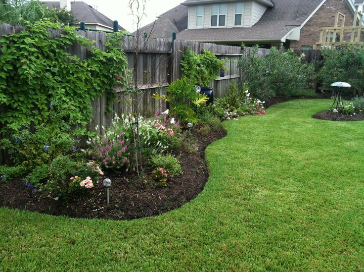 Landscaping Ideas For Backyard Against A Fence | Privacy fence .