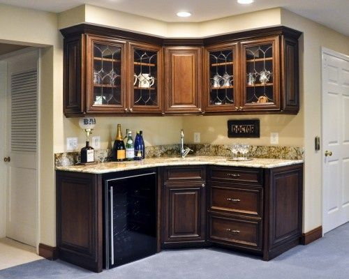 Building Corner Bar For Small Spaces | Bars for home, Wet bar .