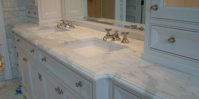Looking for custom bathroom vanity tops with sinks in Tamp