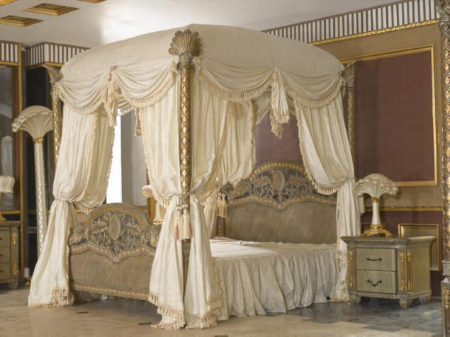 Best King Size Canopy Bedroom Sets | Royal bedroom, Canopy bedroom .