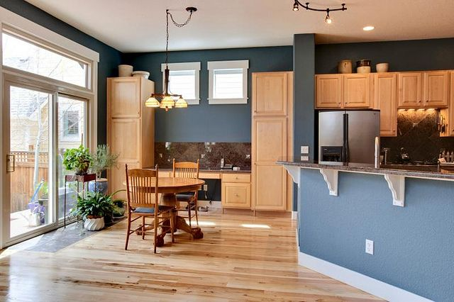 paint colors for kitchens with oak cabinets | Top 5 Colors For Oak .