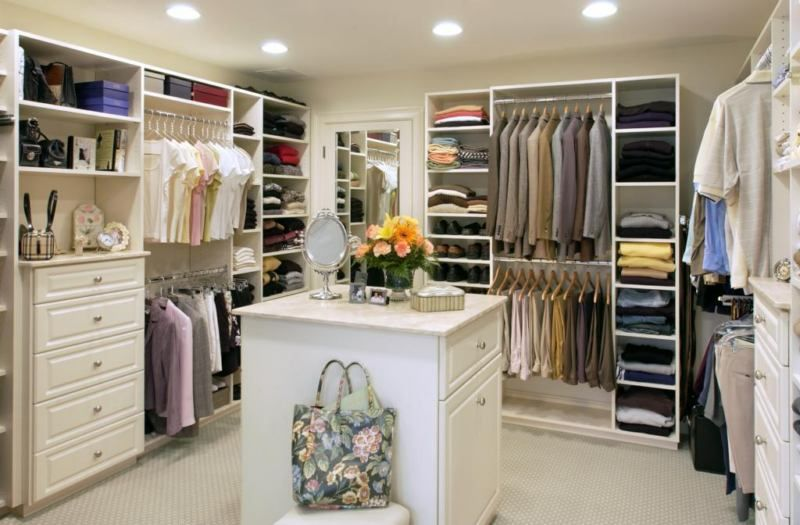 Best Walk In Closet Design For Couples | Walk in closet design .