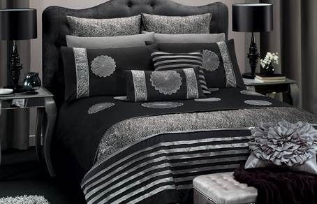 black and silver bedroom decorating   ideas