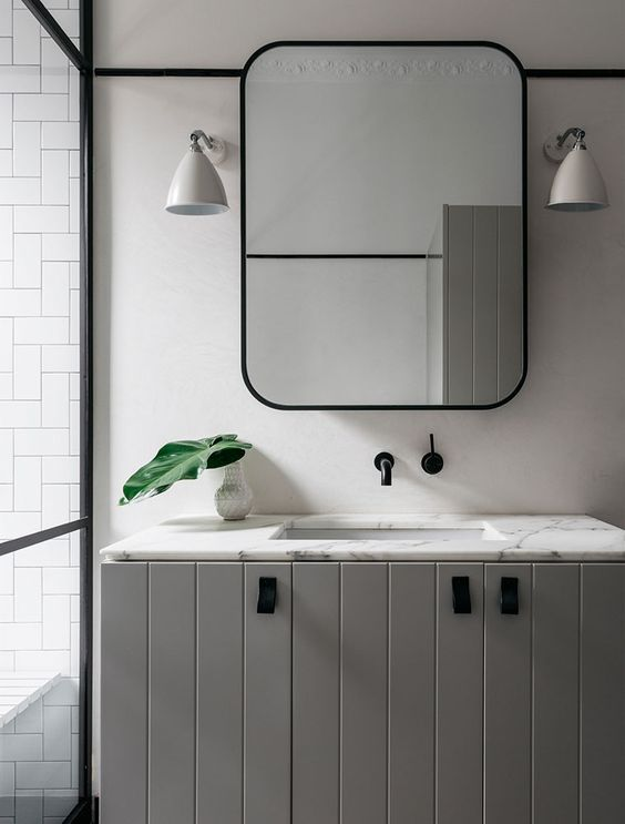 Top 5 Stylish Mirrored Medicine Cabinets — Jen Talbot Desi