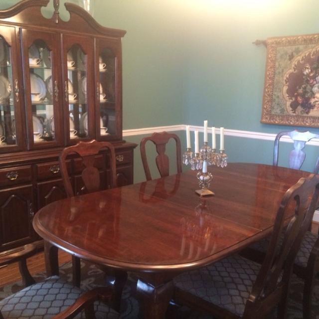 Find more Beautiful Kincaid Cherry Dining Room Set. Table With Two .