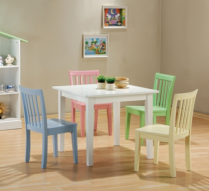 460235 Harriet bee new canaan 5 pc kids play table set with multi .