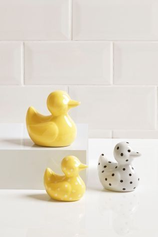 Classy Bathroom Ornaments
