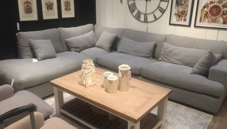 Sprucing Up Your Living Room with Coffee Table Decor Ideas - DIY .