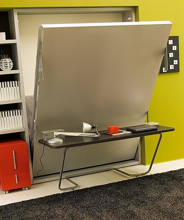 Another convertible Ulisse desk designed special for small spac