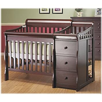 Amazon.com : Sorelle Newport Mini Convertible Crib and Changer .