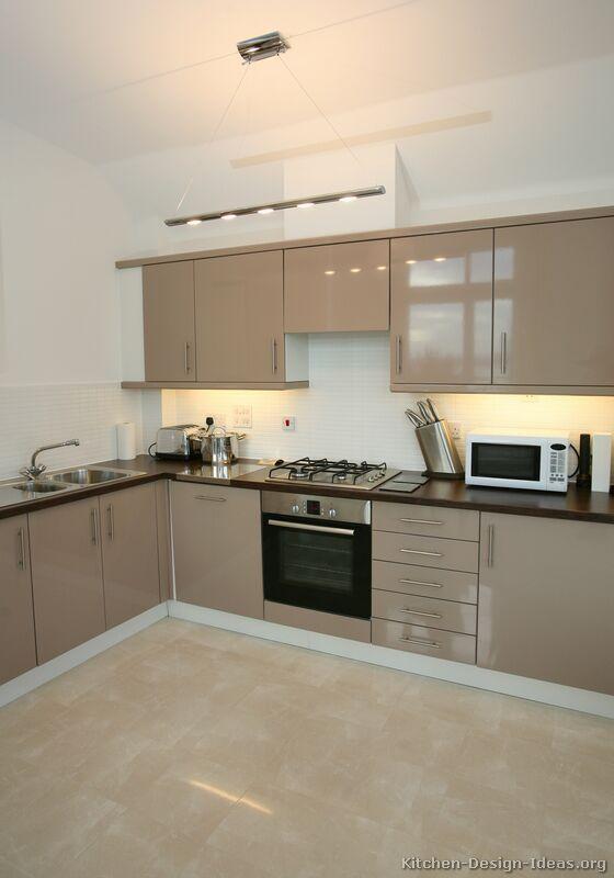 Pictures of Kitchens - Modern - Beige Kitchen Cabinets (Kitchen #1 .