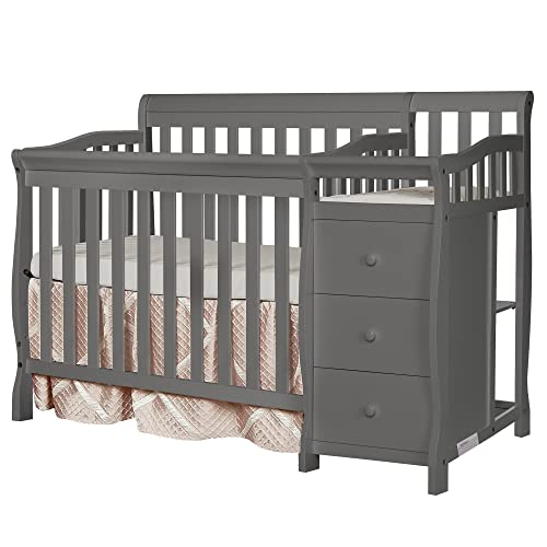 Cribs with Changing Table: Amazon.c