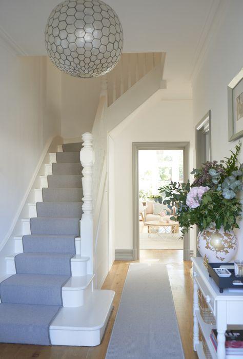 24+ Trendy skirt ideas staircase | Diy staircase, Hallway decorati