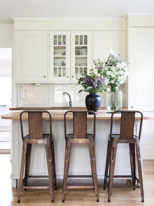 farmhouse kitchen with metal stools | Home decor kitchen, Eclectic .
