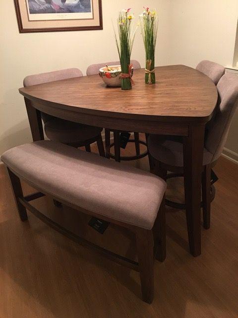Loading | Small dining sets, Dining room design, Minimalist dining .