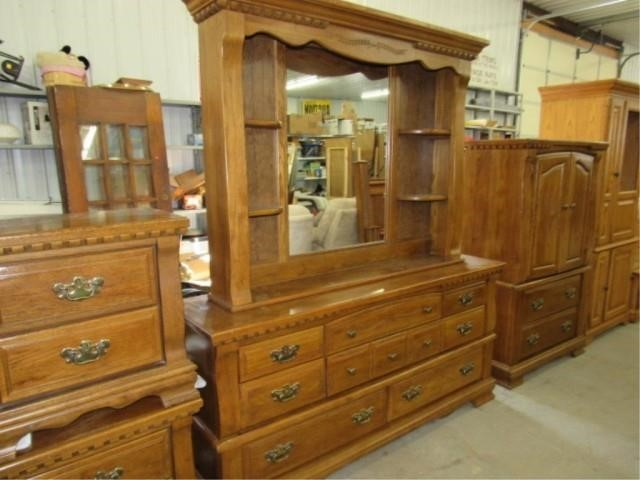 Burlington Oak Dresser with Mirror and shelves | Ron and Ray Tosch .