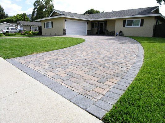 Semi Circle Driveways Small House | Cream/Brown/Charcoal I-Pattern .