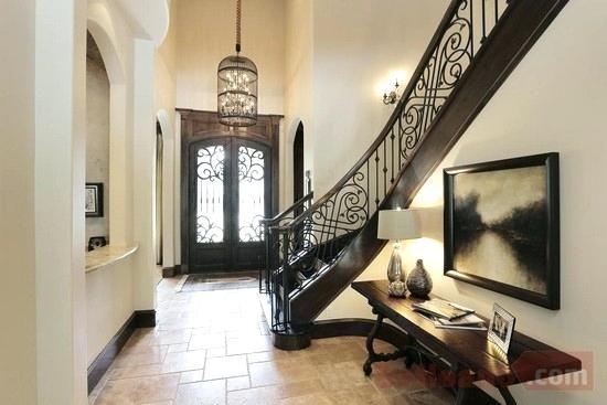 Foyer Lighting For High Ceilings in 2020 | Modern foyer, Living .