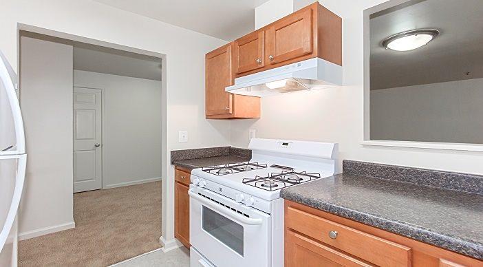 Whitelaw   Apartments in Washington,