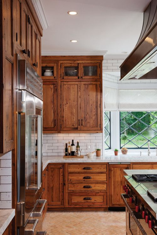 11 Stunning Farmhouse Kitchens That Will Make You Want Wood .