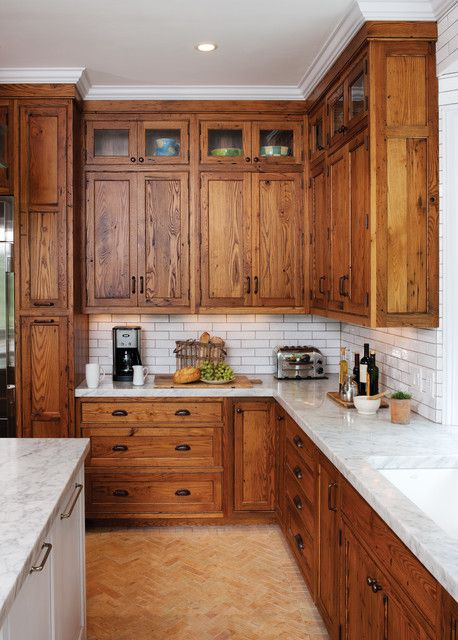 Stunning Reclaimed Wood Kitchen Cabinets for Traditional Look .