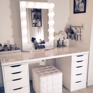 Makeup Table With Mirror And Chair - Ideas on Fot