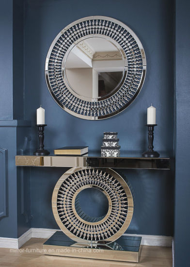 China Modern Elegant Round Wall Decorative Crystal Mirror .