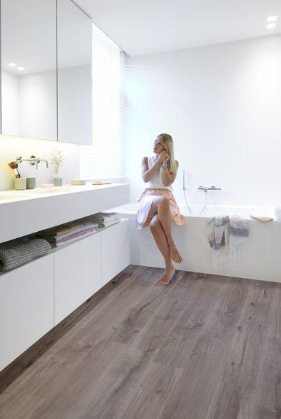 Modern Waterproof Laminate Flooring For   Bathrooms