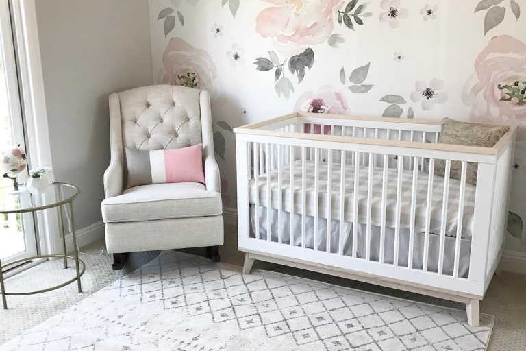 Baby Girl Nursery Ideas & Gui