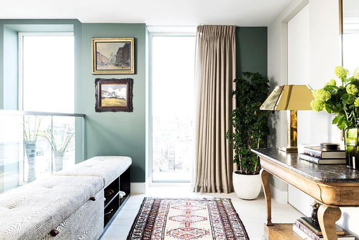 10 Transformative Small Living Room Paint Colo