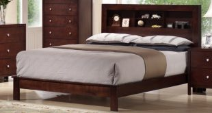 Montana Queen Platform Bed with Storage Headboard   Group