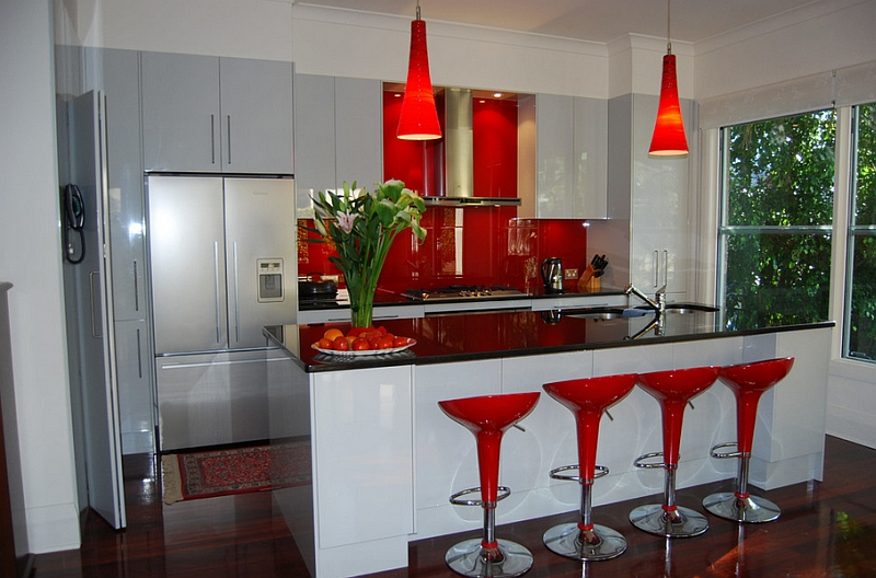 Red, Black And White Interiors: Living Rooms, Kitchens, Bedroo