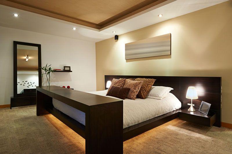 Simple Modern Master Bedroom Decorating   Ideas