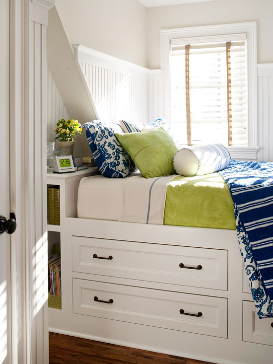 Furniture for Small Bedrooms | Better Homes & Garde