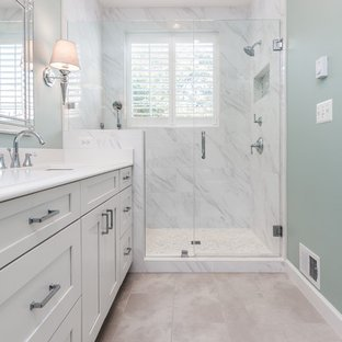 75 Beautiful Small Master Bathroom Pictures & Ideas | Hou