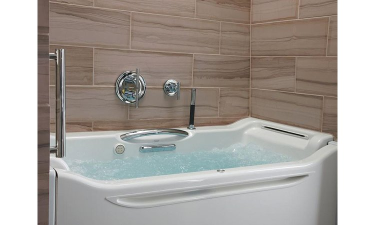The Best Walk-In Bathtubs and Showers for Seniors - 2018 Revie