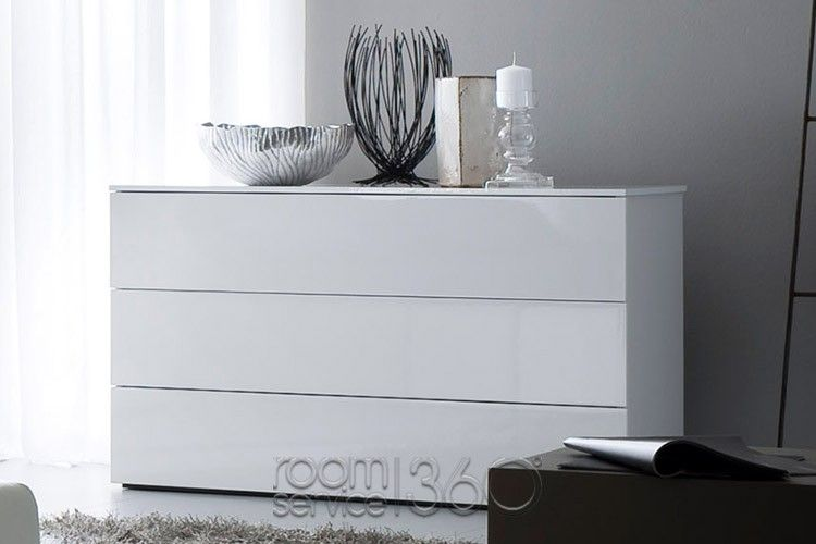 Fun Modern White 4 Drawer Dresser by Rossetto | Italian furniture .