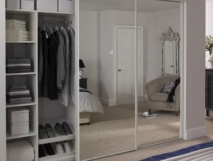 Functional wardrobes with added value: Sliding door wardrobes with .