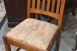 Stickley Dining Chair with Red & Green Upholstered Seats | Invio .