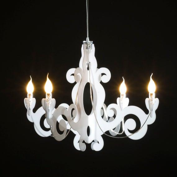 Baroque chandelier   Et