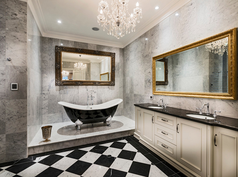 20 Gorgeous Bathroom Crystal Chandeliers | Home Design Lov