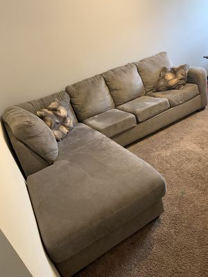 New and Used Sectional couch for Sale in Clarksville, TN - Offer