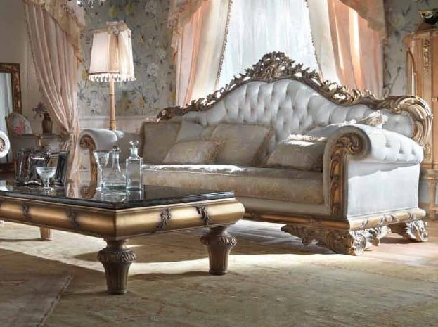 Sumptuous classic style sofa | IDFdesi