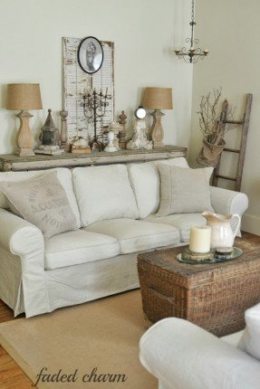 Country Style Couch - Ideas on Fot