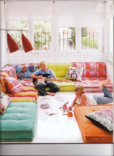 Roche Bobois Floor Cushion Seating | Living room seating ideas .